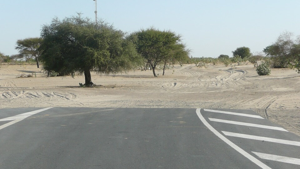 Road going to the desert
